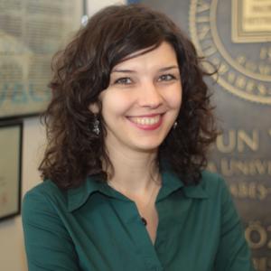 Ioana-Alina Cristea – Wissenschaftliche Mitarbeiterin und Dozentin beim Department für klinische Psychologie und Psychotherapie, Fakultät für Psychologie und Erziehungswissenschaften, Babeș-Bolyai-Universität