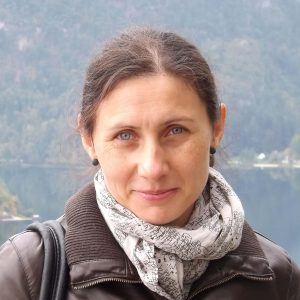 Blanka Bartók -  doctor în climatologie și şef de lucrări la Departamentul de Geografie al liniei maghiare, Facultatea de Geografie, UBB